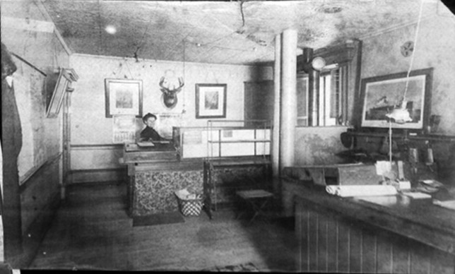 TelegraphOffice1911